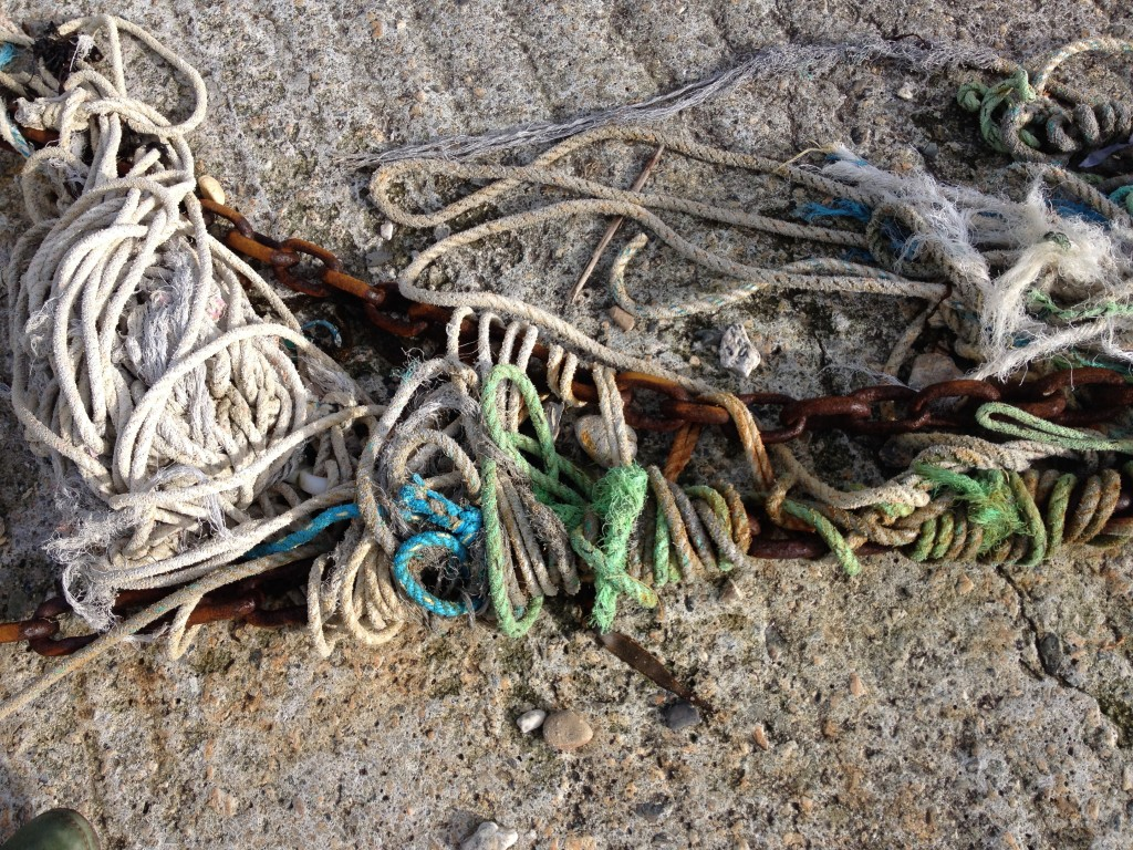 porth-isaac-harbour-ropes