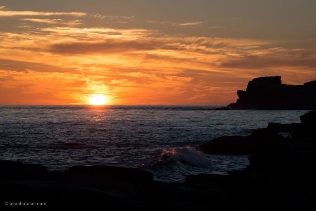 Sunset Wave Peaks